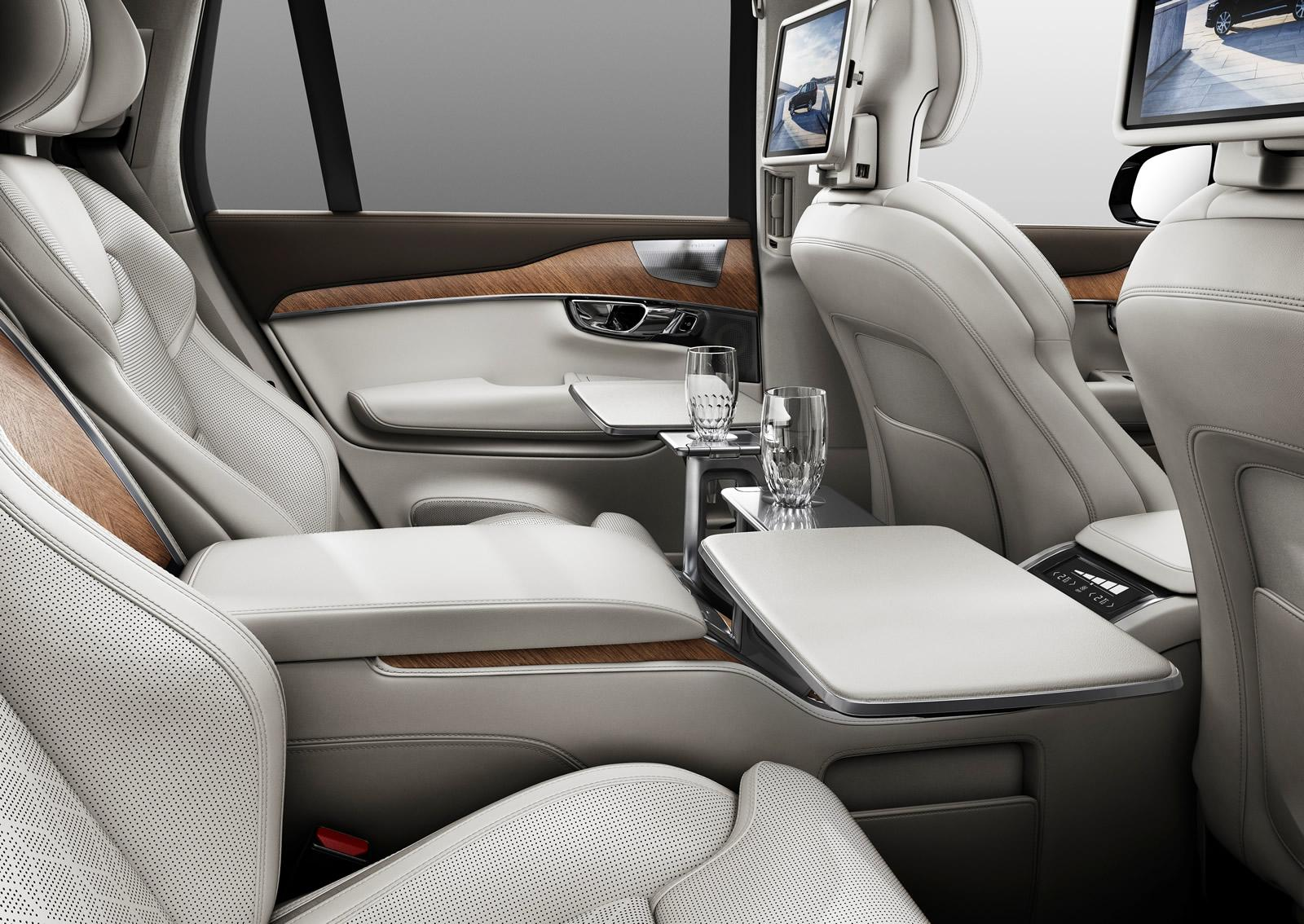 Volvo XC90 Excellence table press shots