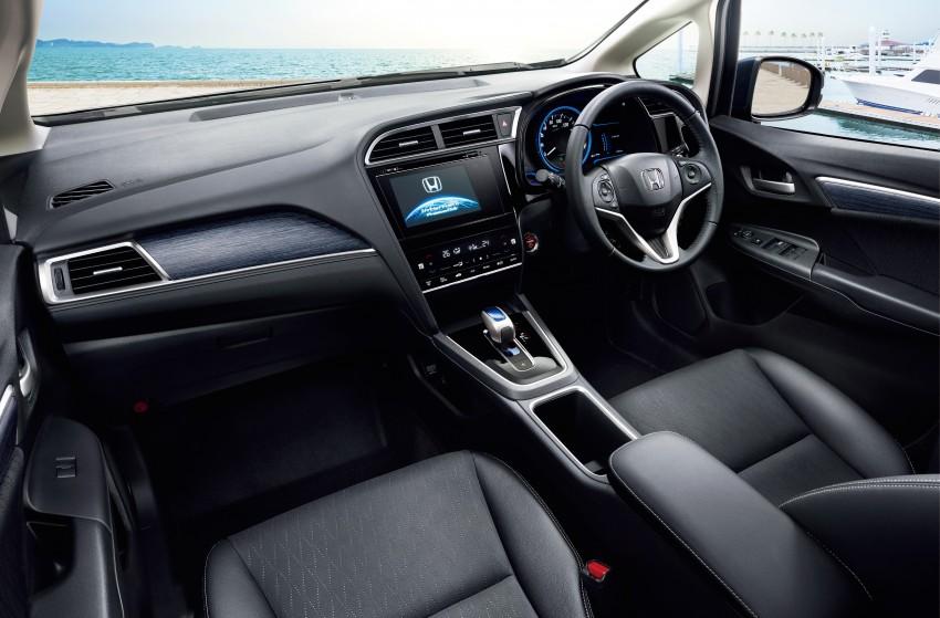 2015 Honda Shuttle cabin
