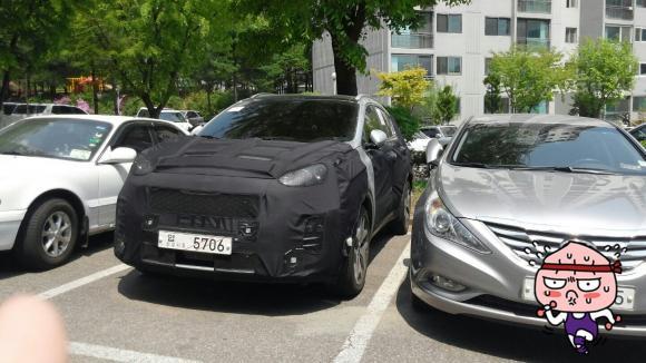 2016 Kia Sportage front quarter spied testing