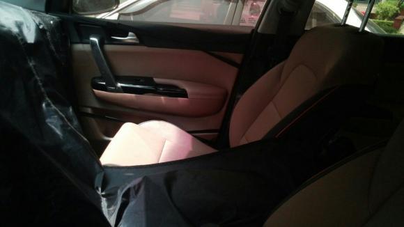 2016 Kia Sportage interior spied testing