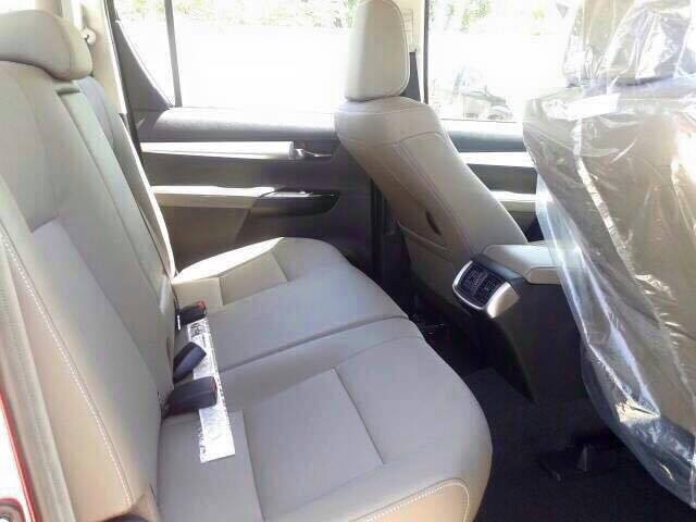 2016 Toyota Hilux Revo rear seat Red spied