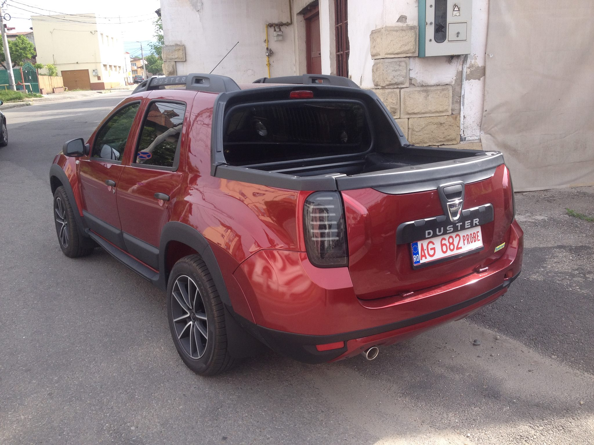 dacia duster pick up rear three quarter spotted in the wild. Black Bedroom Furniture Sets. Home Design Ideas