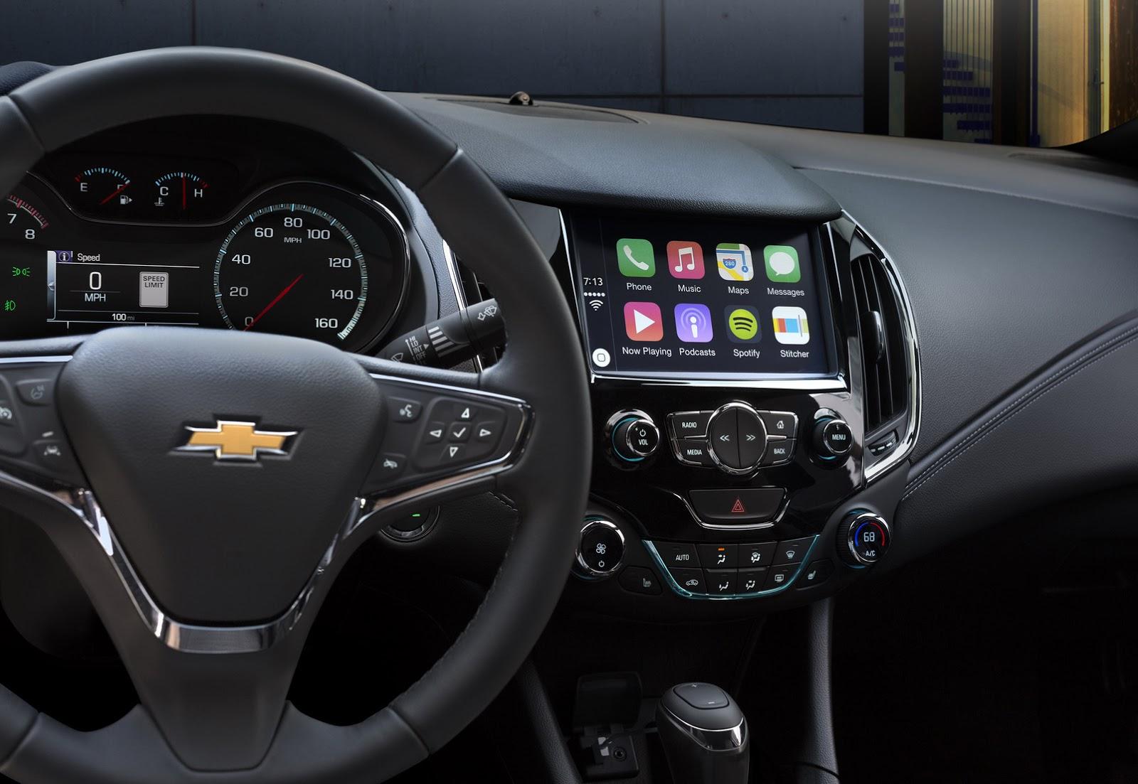 2016 Chevrolet Cruze infotainment official image