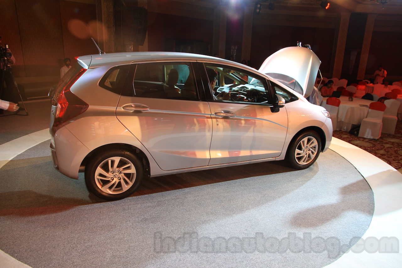 2015 Honda Jazz profile India launch