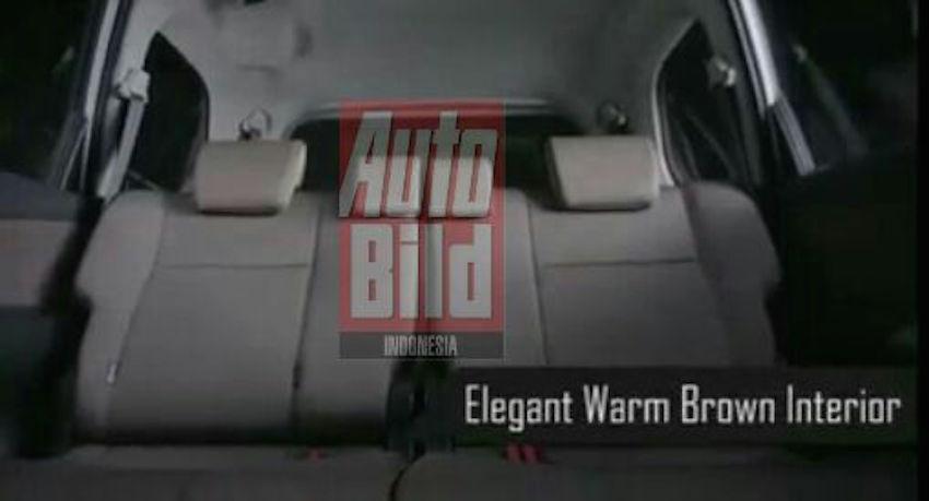 2015 Toyota Grand New Avanza interiorbrochure shot leak
