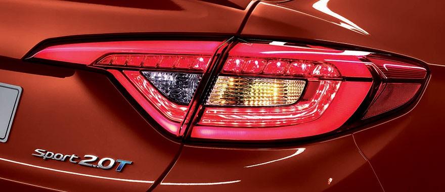 2016 Hyundai Sonata 2.0 turbo taillamps press images