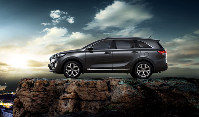 2016 Kia Sorento side launched in South Africa