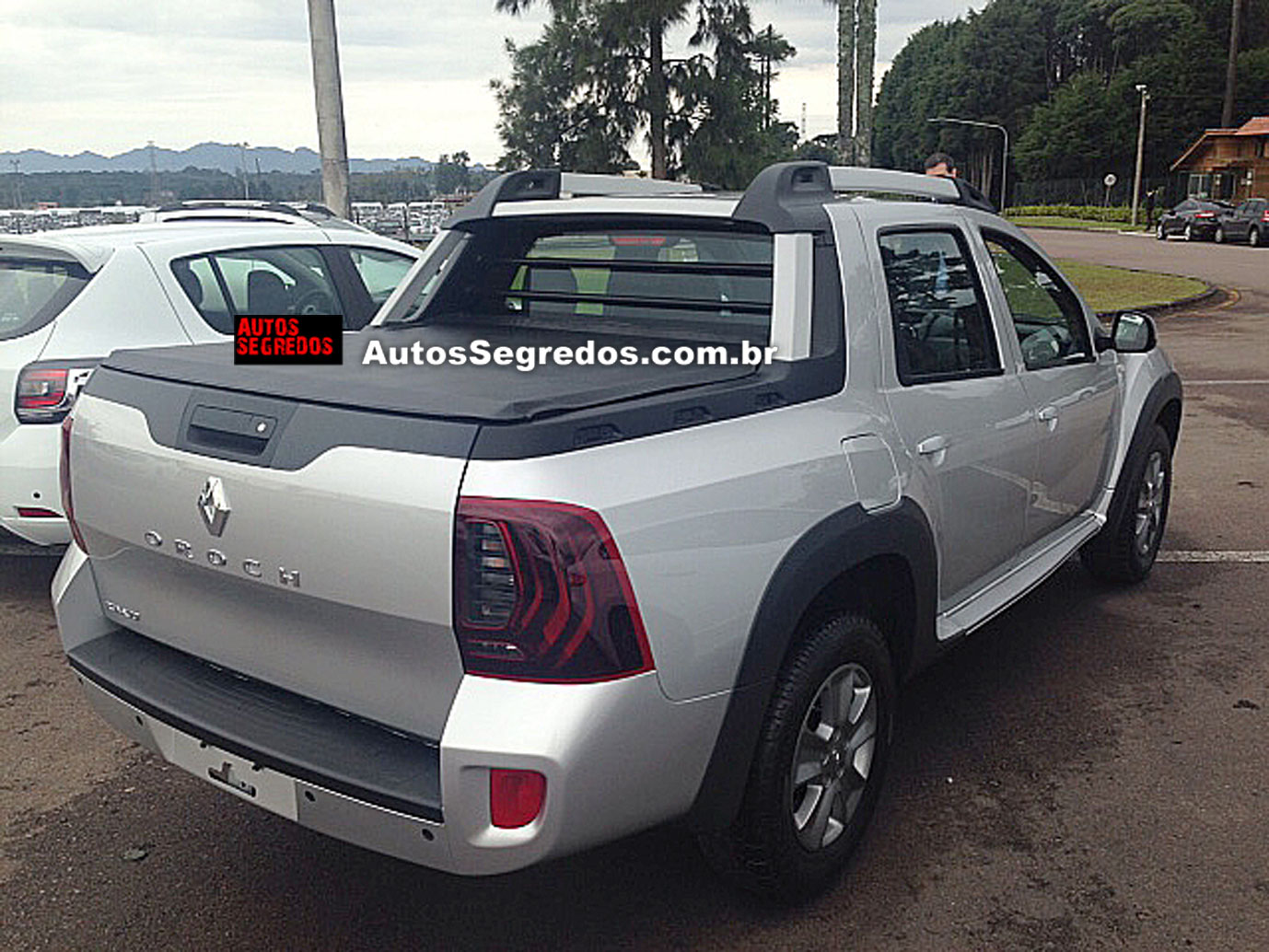 Renault Duster Oroch Dynamique snapped testing