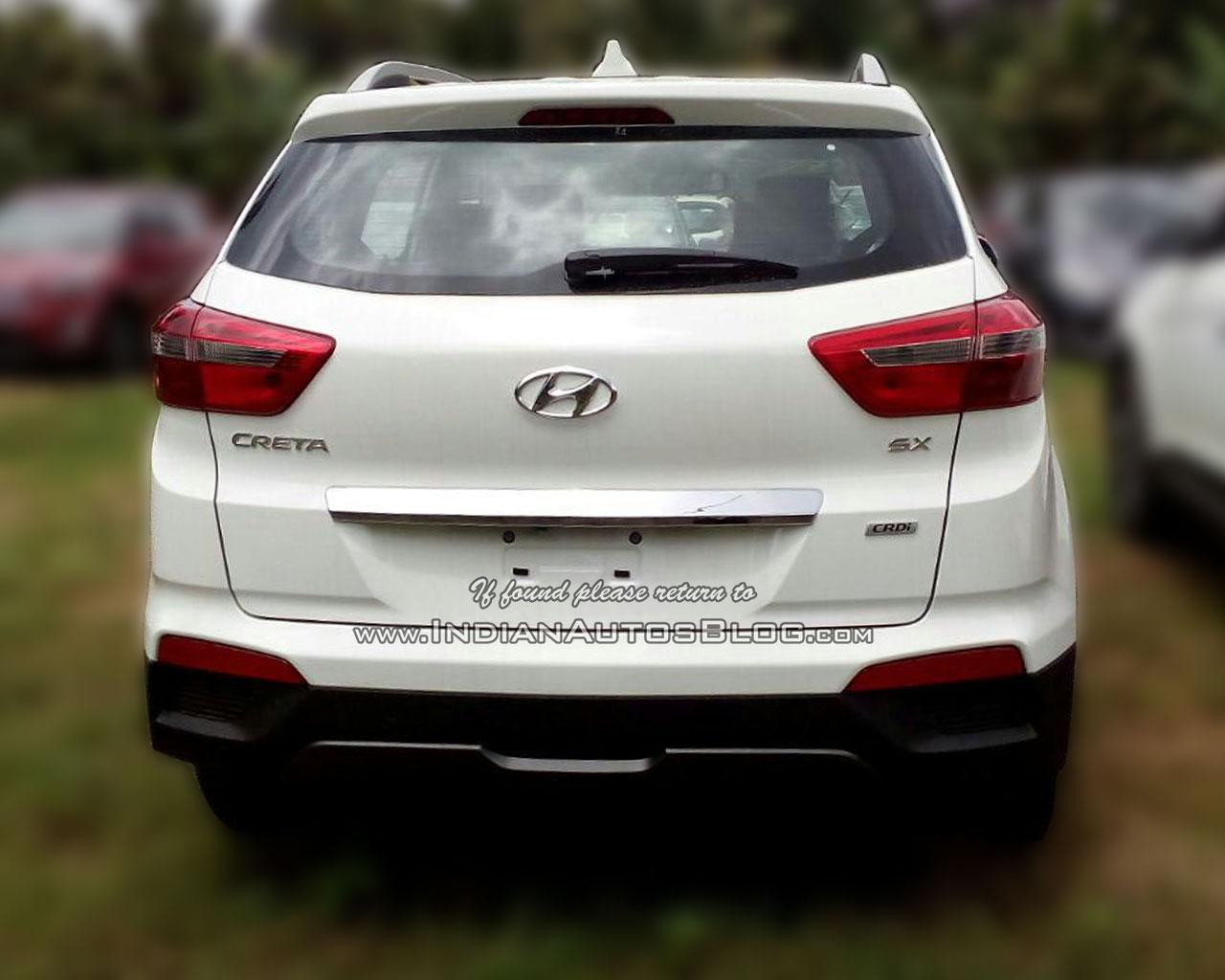 Hyundai Creta rear dealer spied