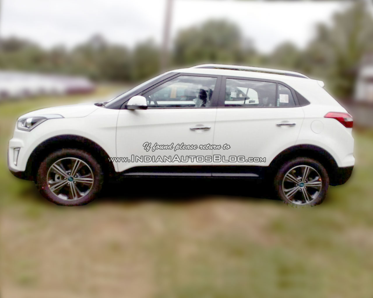 Hyundai Creta side dealer spied