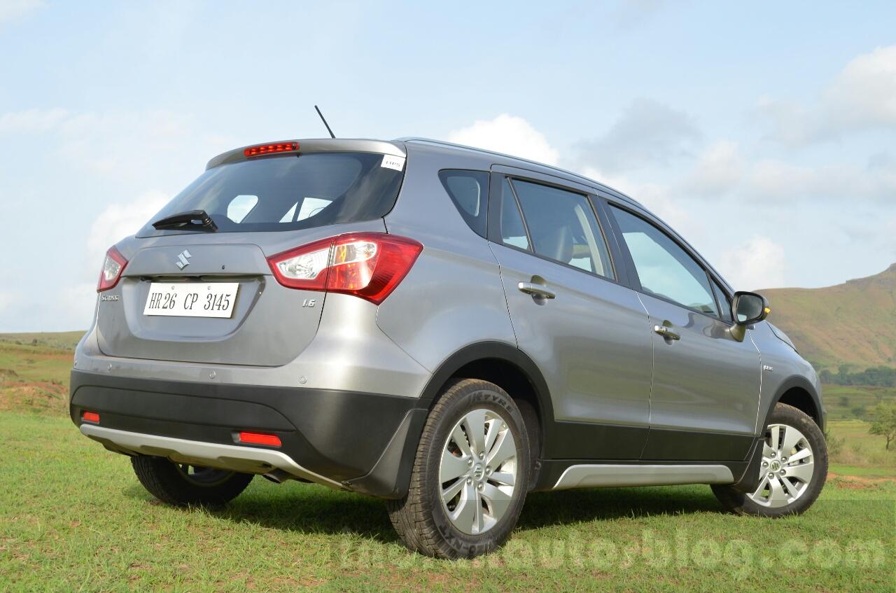 Maruti S-Cross rear view Review