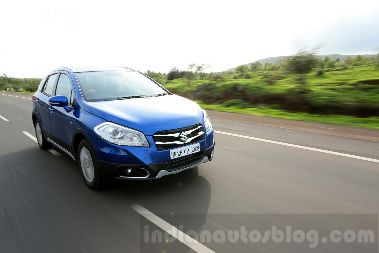 Maruti S-Cross tracking front Review