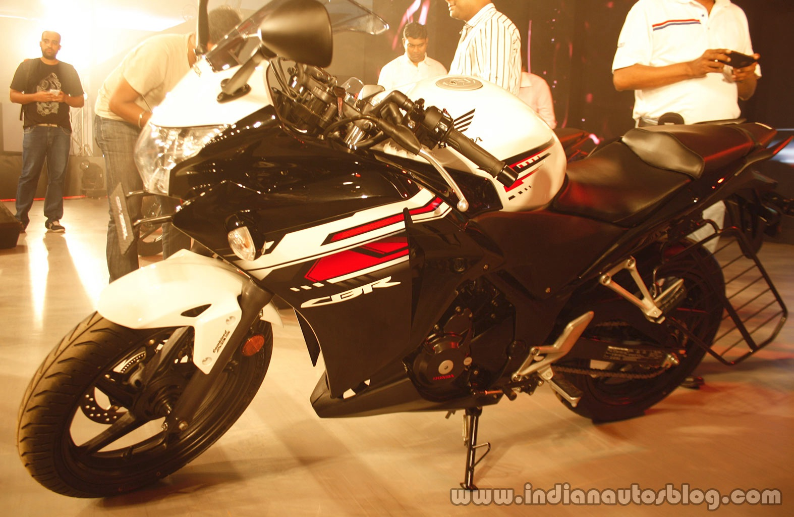 2015 Honda CBR250R India spec side from Revfest