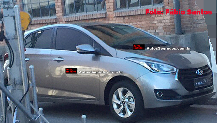 2016 Hyundai HB20X facelift front three quarter spied undisguised