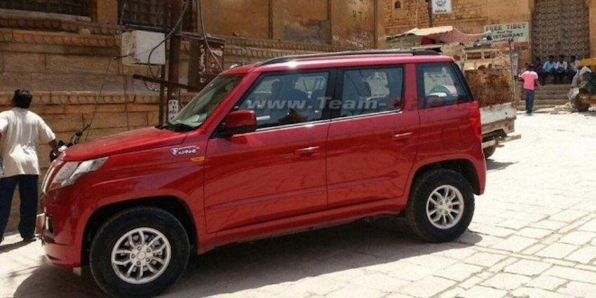 Mahindra TUV300 side top spec variant spotted undisguised