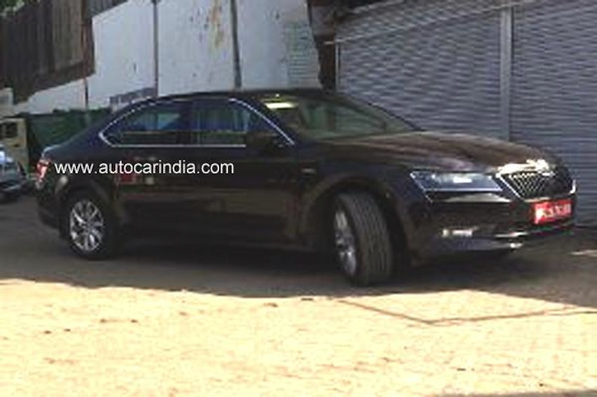 Skoda Superb Laurin & Klement variant spotted in India