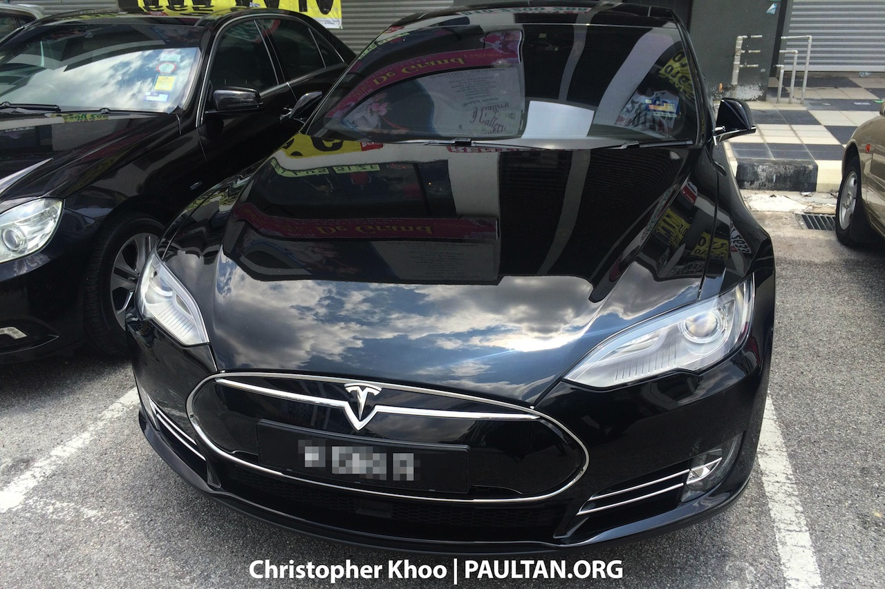 Tesla Model S spotted in Malaysia for the first time