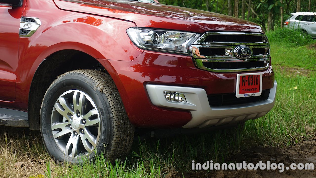 2015 Ford Endeavour nose (Review)