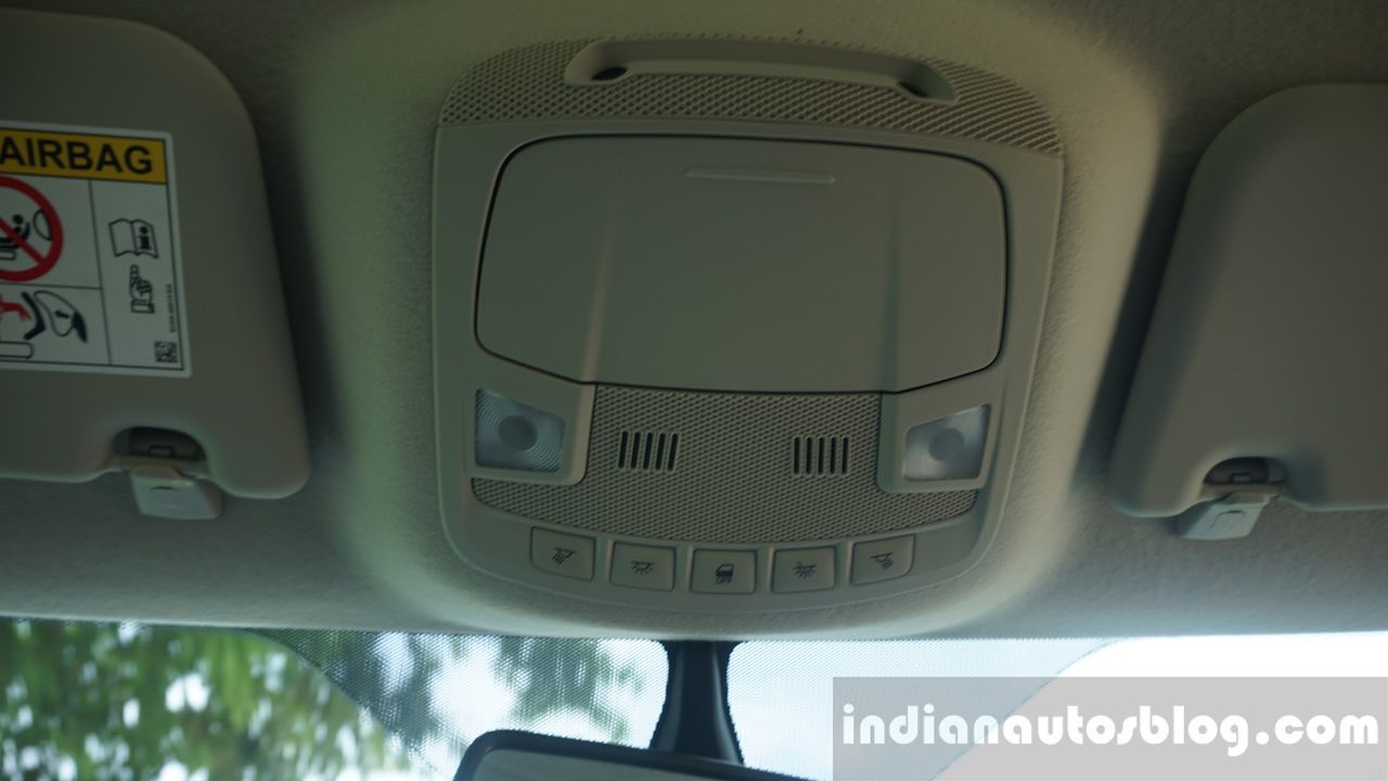 2015 Ford Endeavour roof lamp (Review)