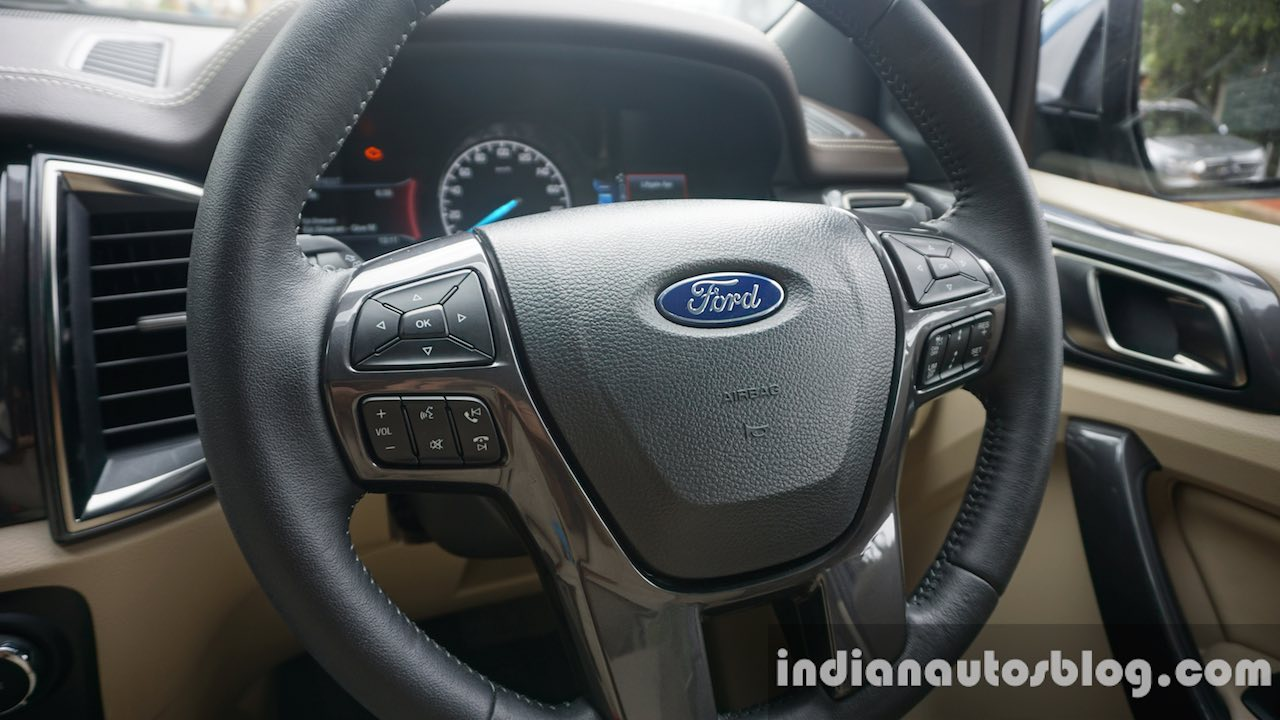 2015 Ford Endeavour steering wheel (Review)