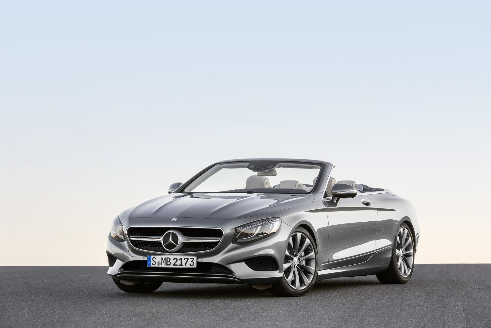 2016 Mercedes S Class Cabriolet front three quarter unveiled