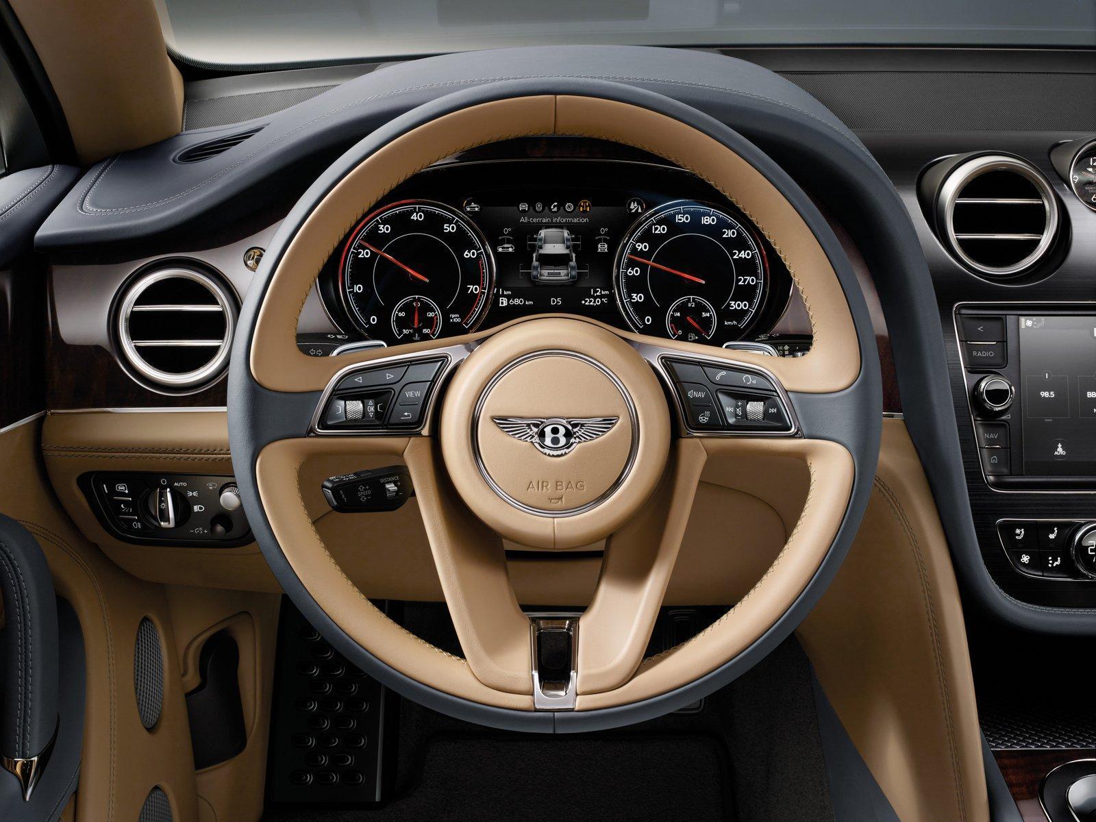 Bentley Bentayga steering press shots