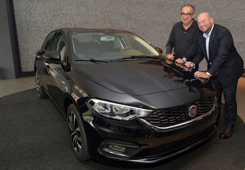 FCA CEO Sergio Marchionne with the Fiat Aegea in Bursa, Turkey