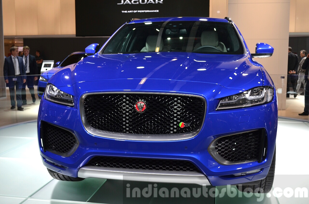 Jaguar F-Pace front grille at IAA 2015