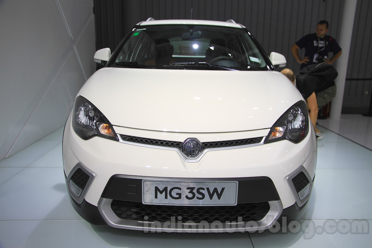 MG 3SW front at the 2015 Chengdu Motor Show