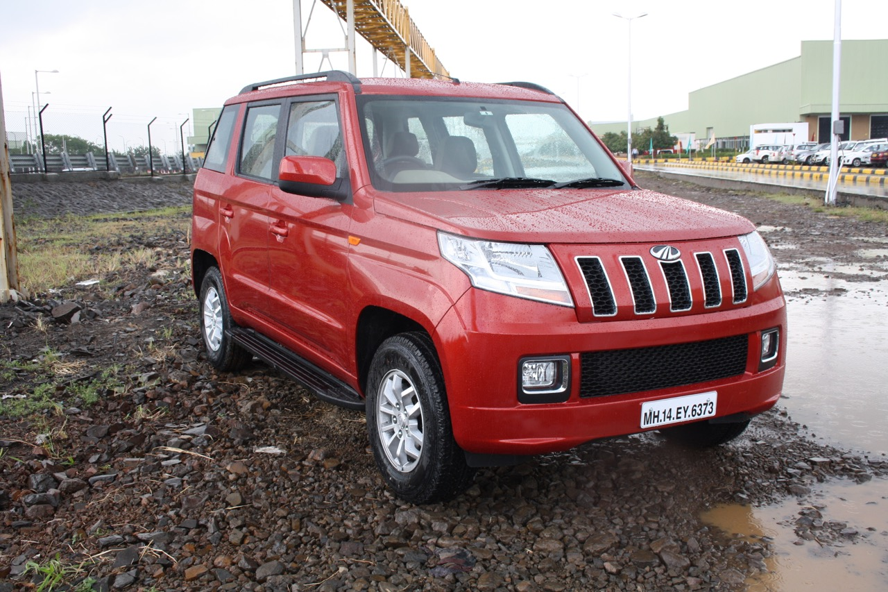9e08ba9e1 Mahindra TUV300 launched at INR 6.9 lakhs