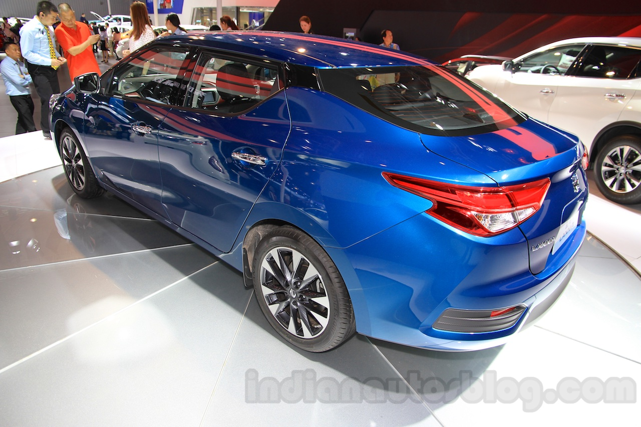Nissan Lannia rear quarter at the 2015 Chengdu Motor Show