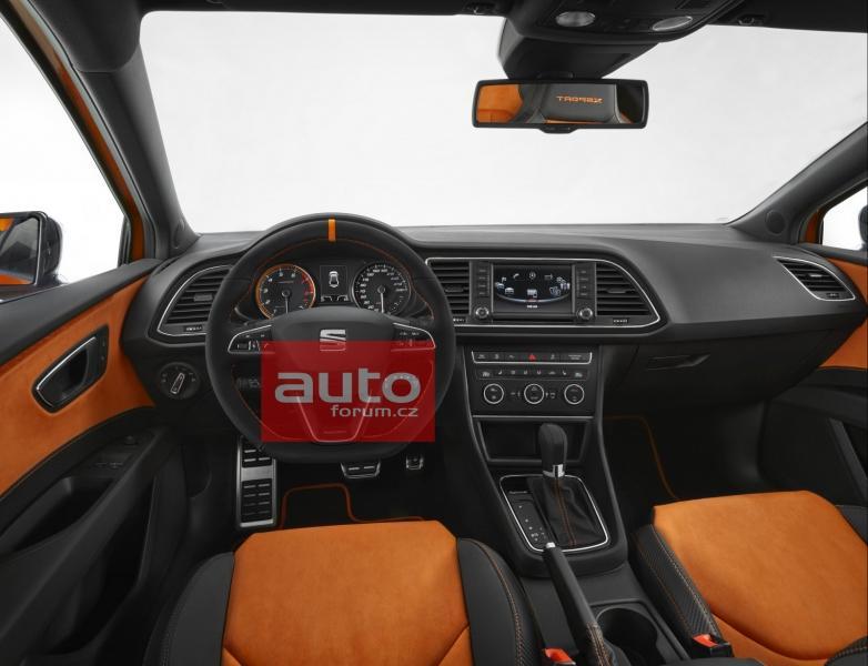 Seat Leon Cross Sport interior leaks ahead of debut