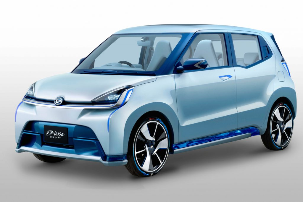 Daihatsu D-Base Concept front three quarters official image