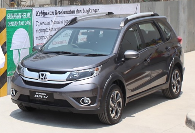 Honda BR-V in 'Urban anium' shade spotted for the first time ...