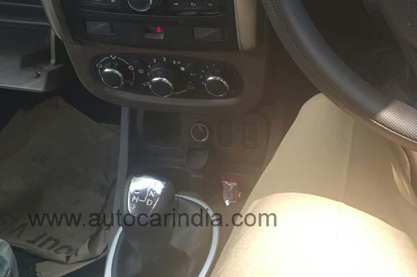 Renault Duster facelift AMT spied