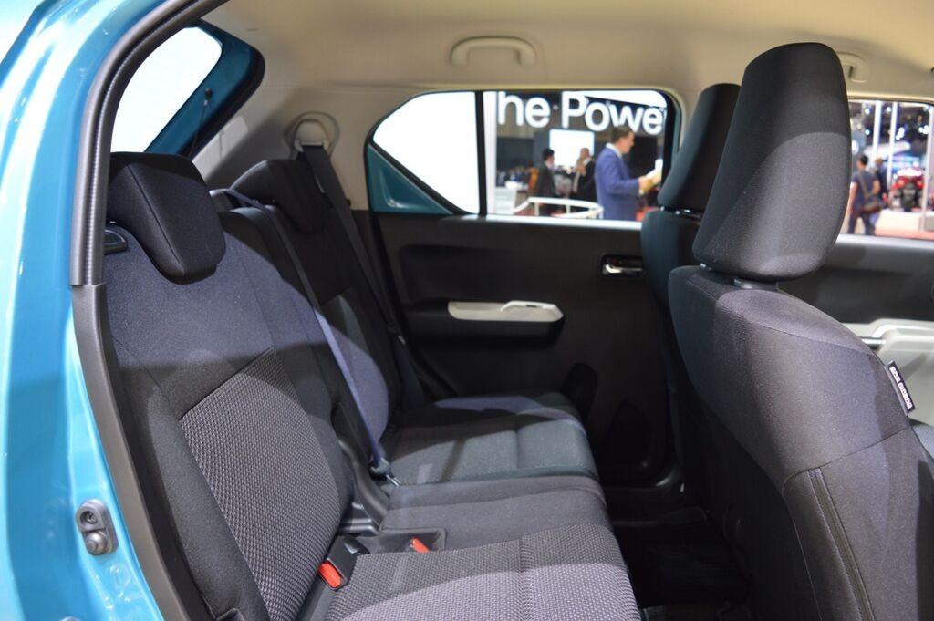 Suzuki Ignis rear seats at 2015 Tokyo Motor Show