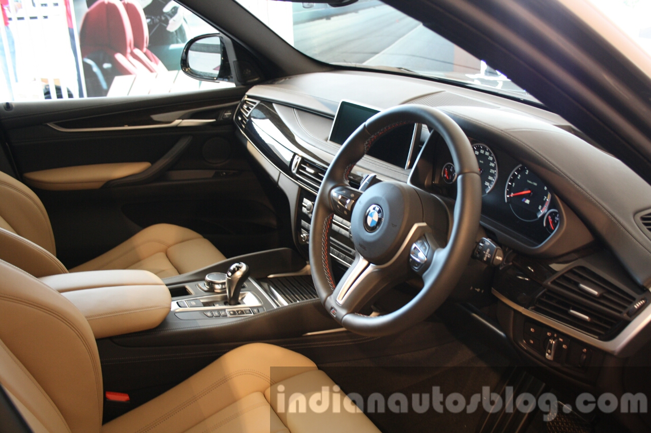 2015 bmw x5 m interior first drive review. Black Bedroom Furniture Sets. Home Design Ideas