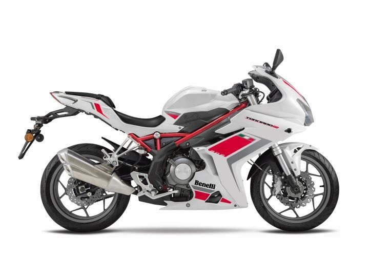 Benelli Tornado 302 unveiled at EICMA 2015
