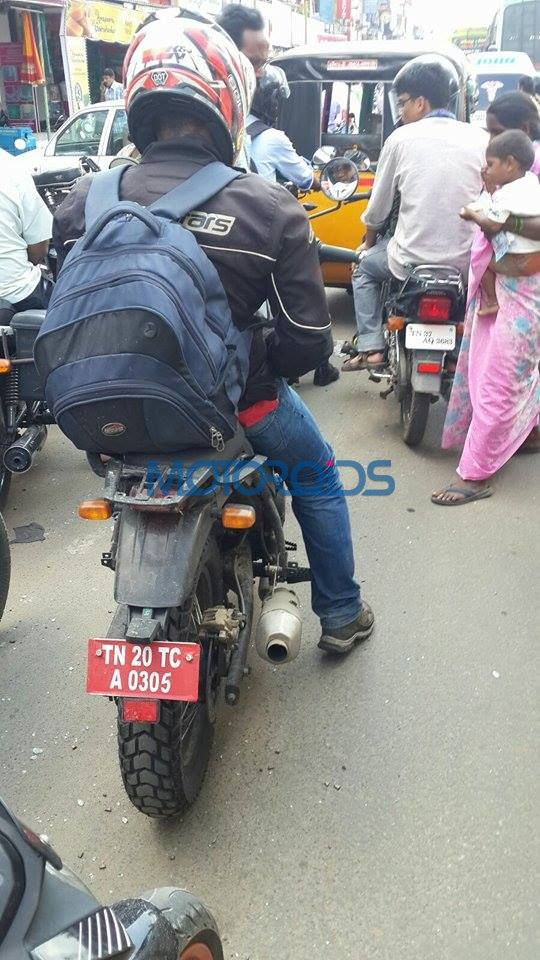 Royal Enfield Himalayan gets a topcase mount spied