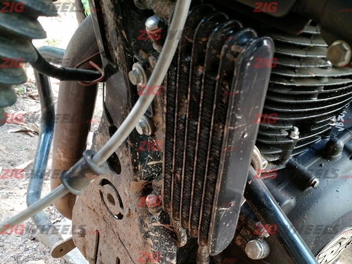 Royal Enfield Himalayan oil-cooler prototype spied