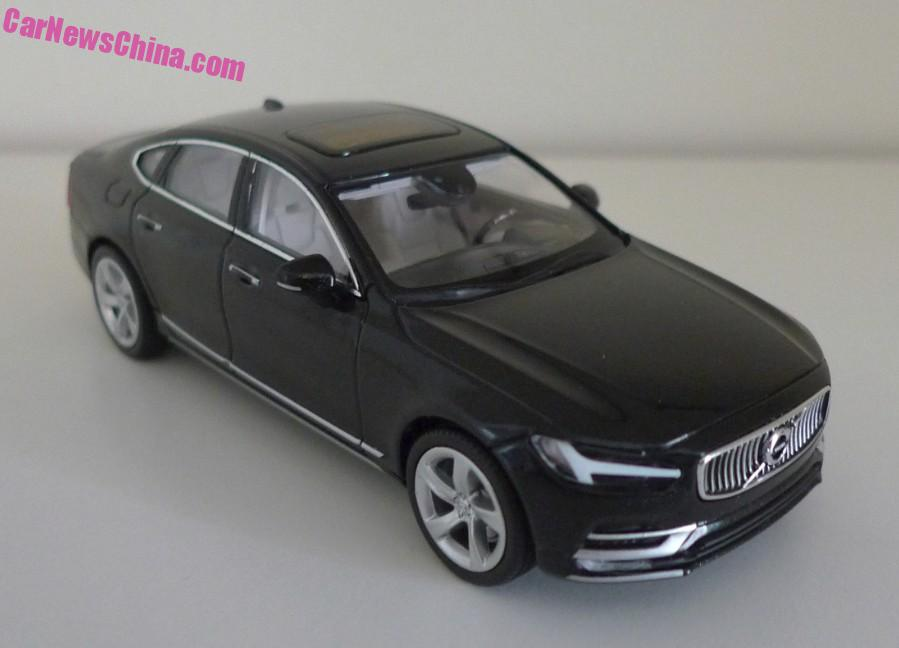 Volvo S90 Onyx Black front three quarter top scale model snapped