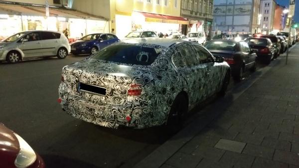 2017 BMW 5 Series Plug-in Hybrid rear spotted testing