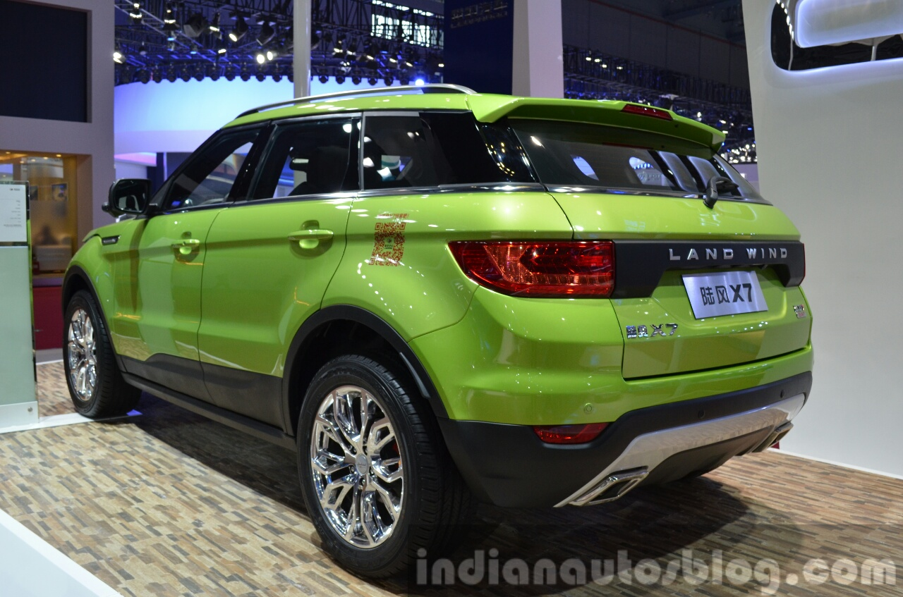 Landwind X7 Rear Three Quarters At The 2015 Shaghai Auto Show