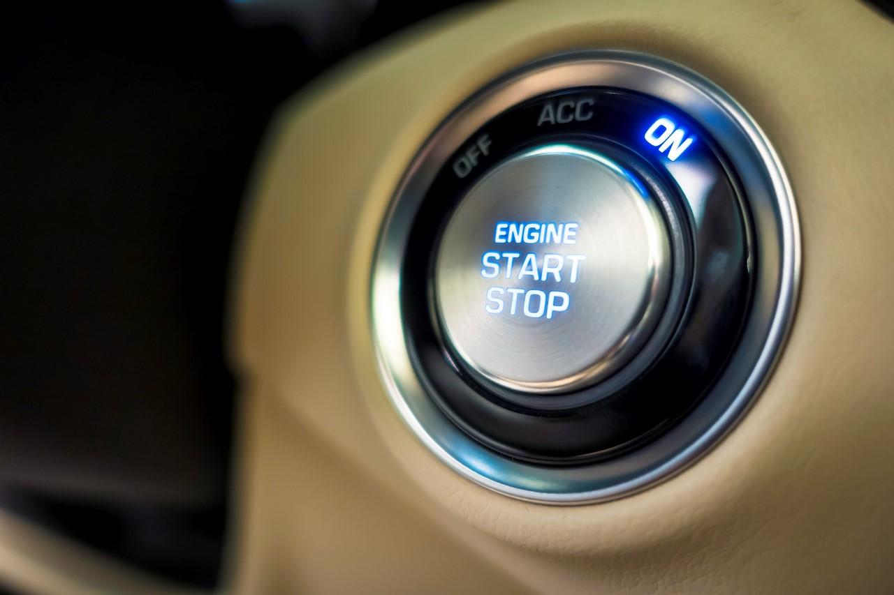2017 Genesis G90 engine start-stop button