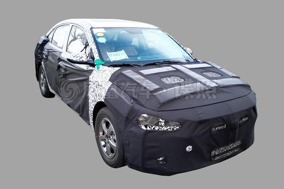 2016 Hyundai Verna front quarter spied