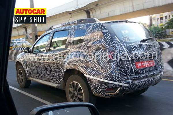Facelifted Renault Duster rear spotted ahead of Auto Expo unveil
