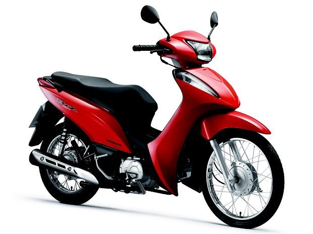 Honda Biz 110i red front quarter launched in Brazil