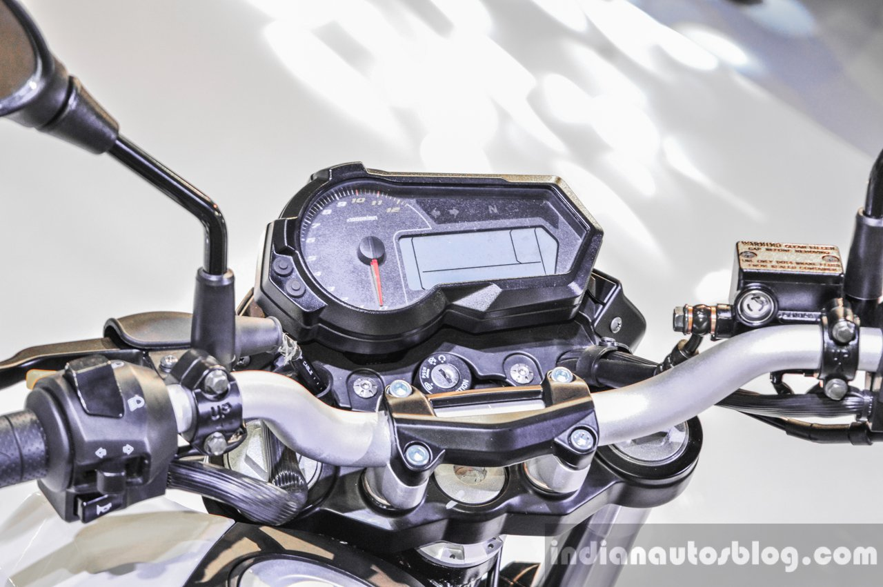Benelli Tornado Naked T-135 instrument console at Auto Expo 2016