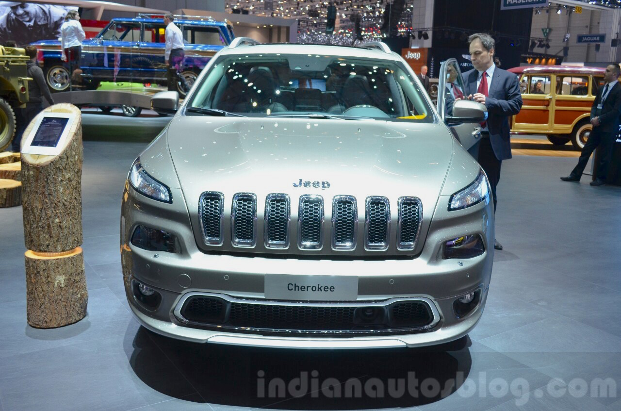 Jeep Cherokee Overland front at the 2016 Geneva Motor Show