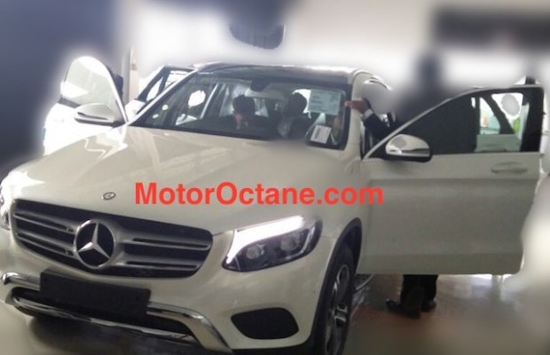 Mercedes GLC Indian dealership spy shot